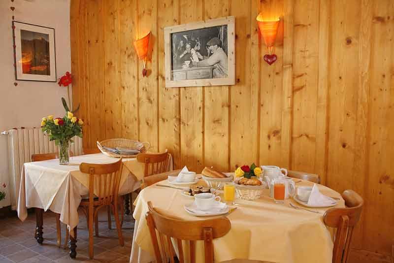 Petit-déjeuner à l'Hôtel à Lamoura - Les Rousses